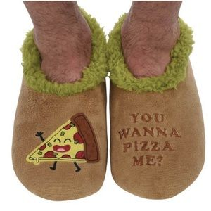 NEW Snoozies Slippers Piece of Me Pizza